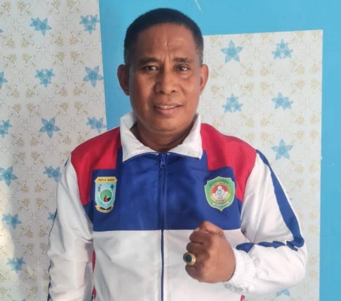 Ketua Persatuan Tinju Amatir Indonesia (Pertina) Papua Barat, Clinton Tallo